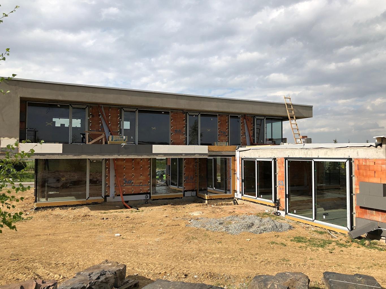 Luxury family house in Zdiměřice 1/11