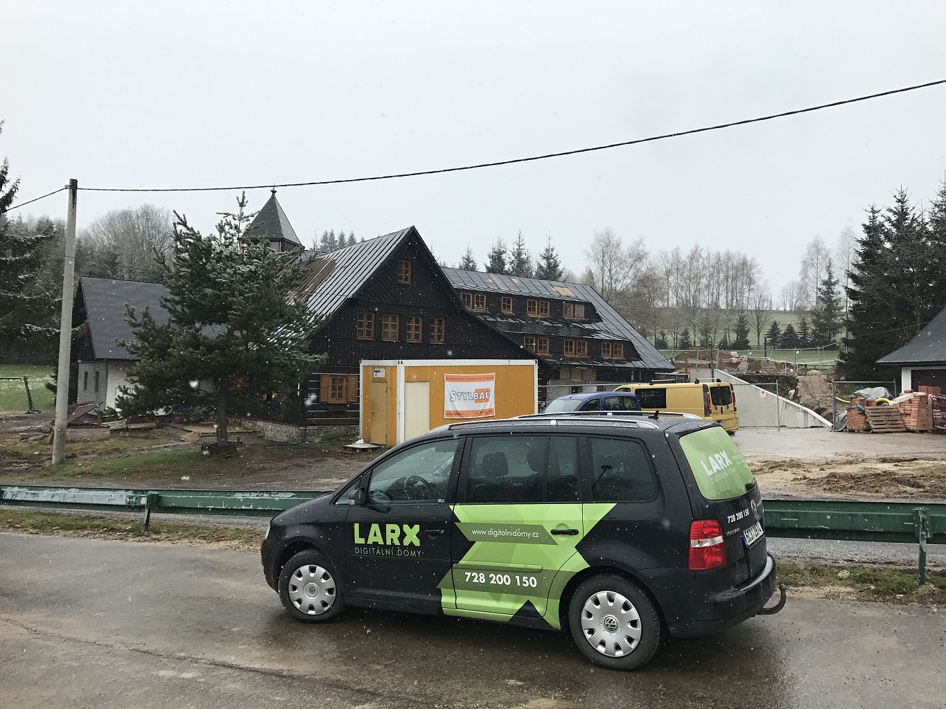 Reconstruction of a mountain cottage in Hrabětice in the Jizera Mountains 12/15